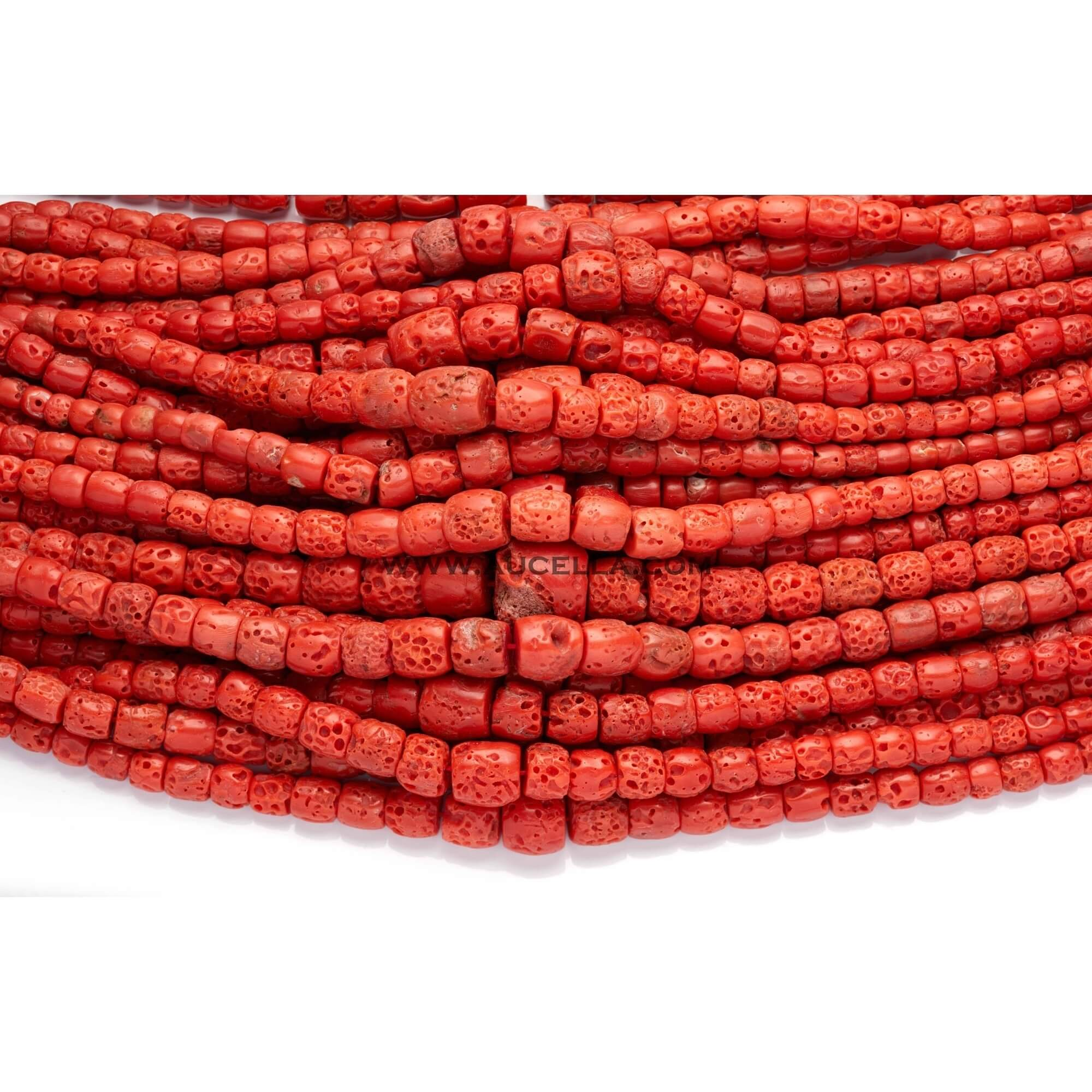 Natural red coral barrels, medium size low quality graduated.