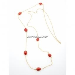 Necklace set in silver with natural coral cabochon