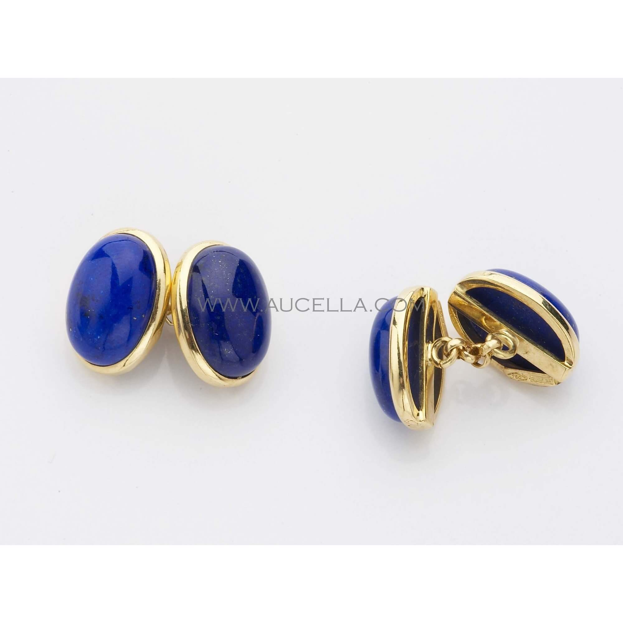Cufflinks set in gold with natural lapis