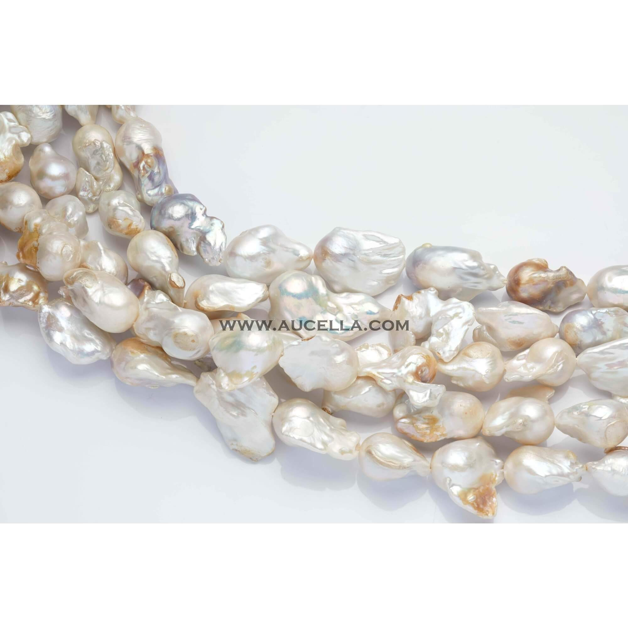 Fresh water pearls baroque 16 mm